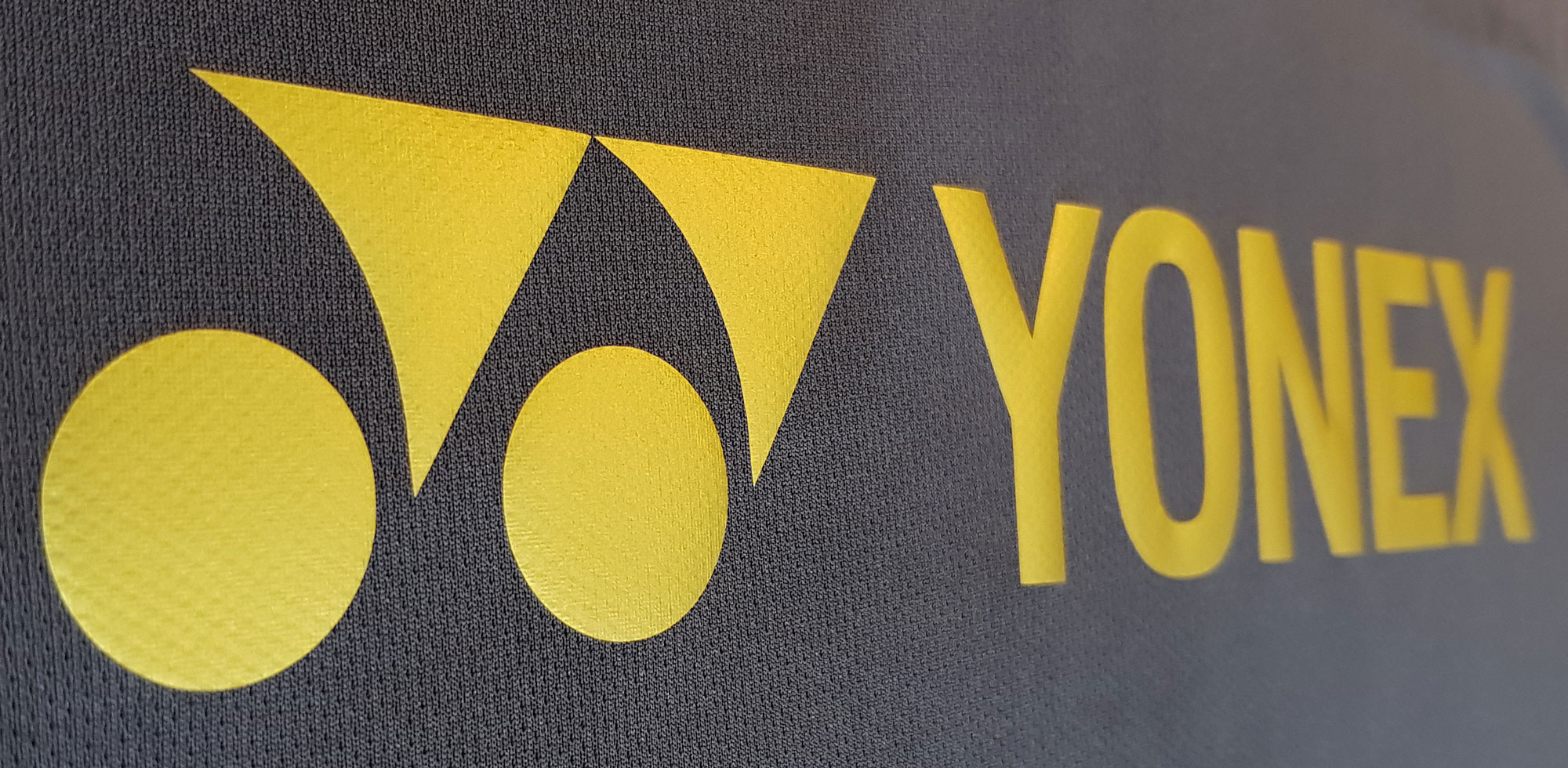 Yonex shirt - Yonex Gold close look front